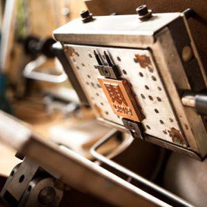 چاپ طلاکوب و چاپ داغی چیست؟